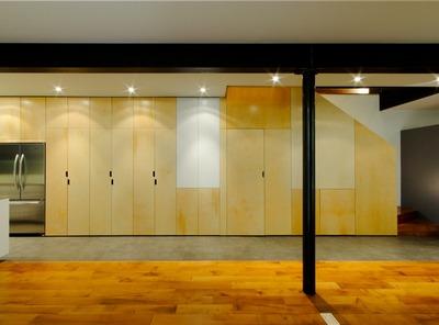 リビング・ダイニングの巨大壁面収納2_[0].jpg